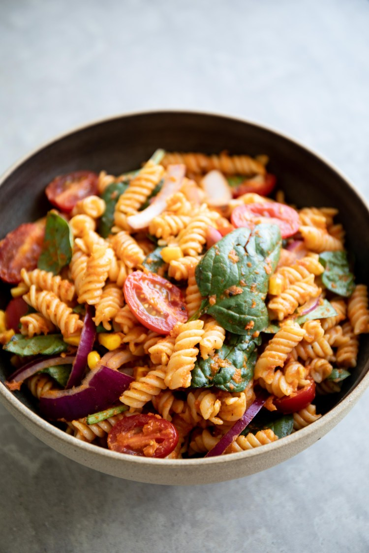 Spicy Sun-Dried Tomato Pasta Salad