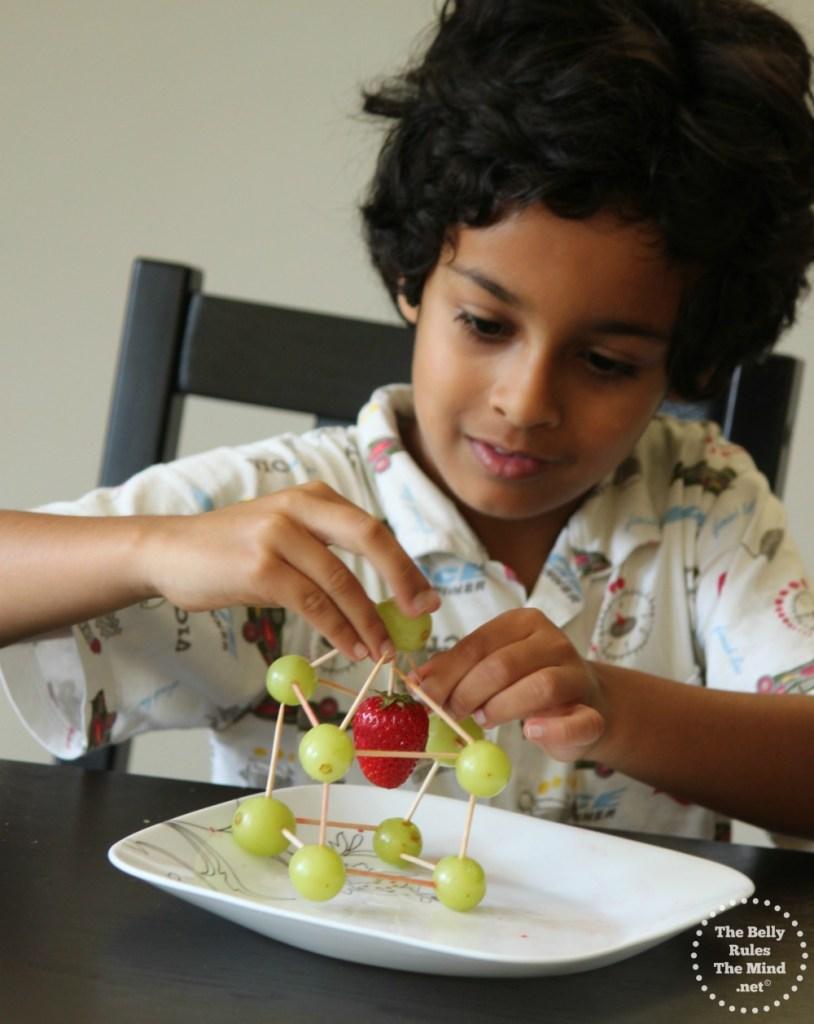 R making fruit Sculptures