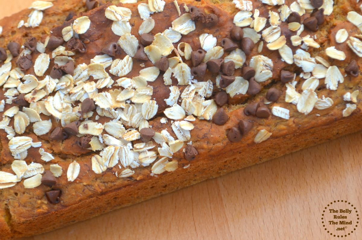banana bread with oats
