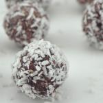 Creamy Cranberry Coconut Energy Bites
