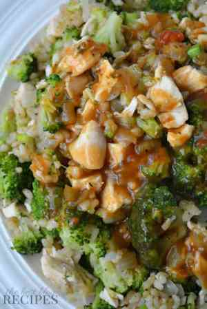 Chicken Broccoli Brown Rice Dinner with Sweet Onion Gravy