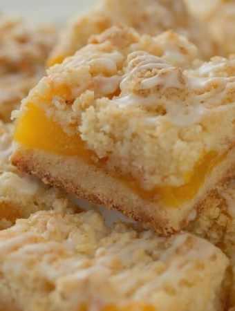Fresh Peach Crumb Bars