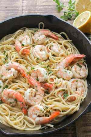 SHRIMP SCAMPI WITH LINGUINE -- is the perfect for a special occasion, but it also makes a great quick weeknight meal for your family too! | Featured on www.thebestblogrecipes.com