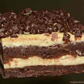 Layered Cheesecake Brownie Bars
