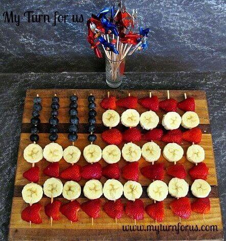 12 American Flag Fruit Skewers