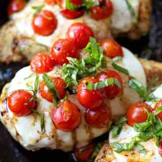 30 Minute Skillet Chicken Caprese