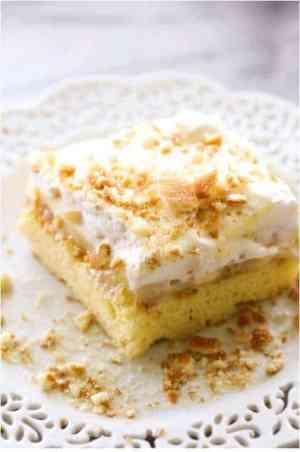 Banana Cream Pie Sheet Cake