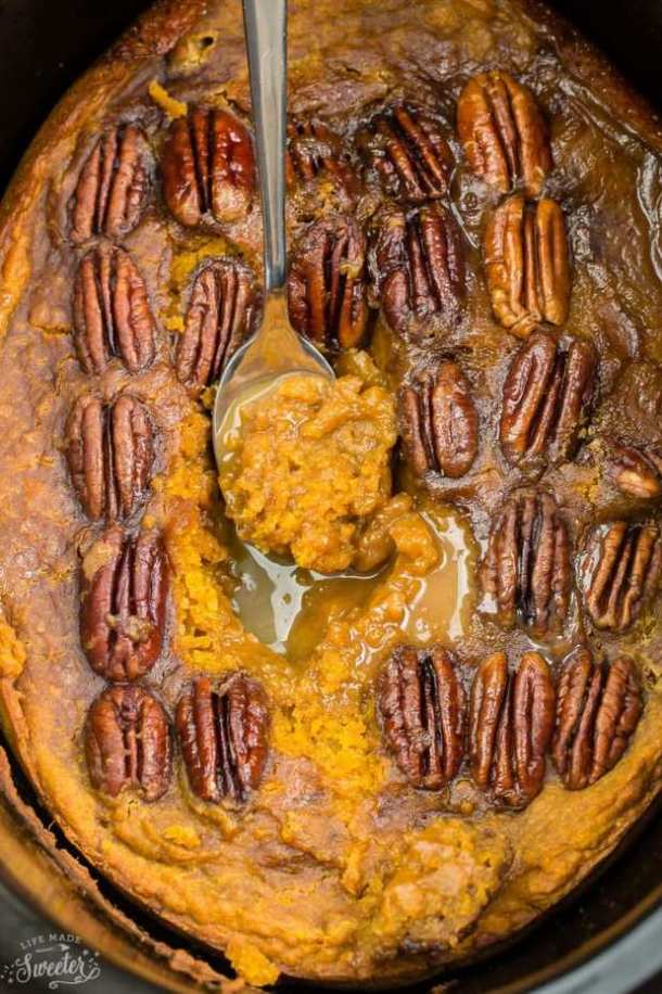 SLOW COOKER PUMPKIN PECAN PUDDING CAKE -- part of 21+ Pecan Recipes Perfect for Fall Baking