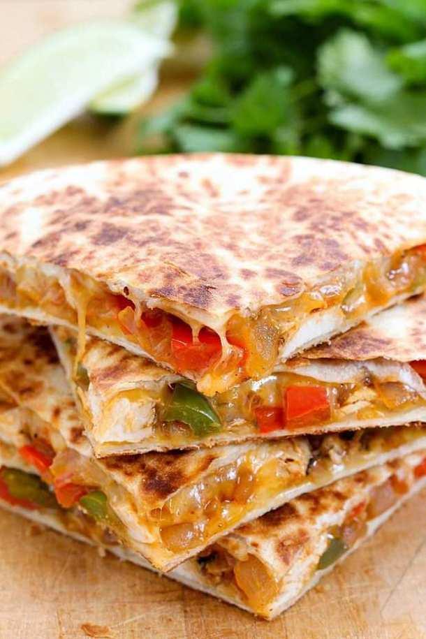 Easy Chicken Fajita Quesadillas--Part of THe Best Quesadillas Recipes