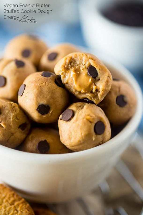 #25 Vegan Cookie Dough BItes (re-link)-- Part of 21 Recipes to make if you're OBSESSED with Cookie Dough!