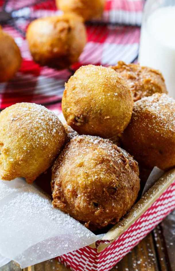 Deep-Fried Cooke Dough-- Part of 21 Recipes to make if you're OBSESSED with Cookie Dough!