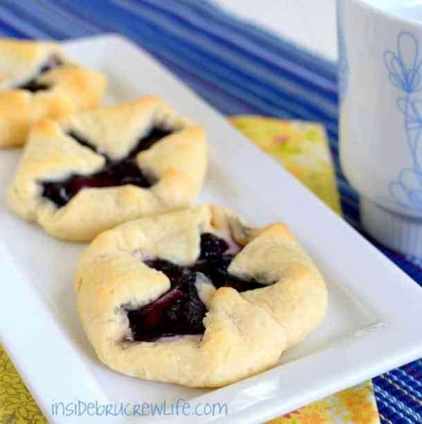 Blueberry Cheesecake Danish--- Part of 30 Breakfast Danishes to Start Mornings off Right
