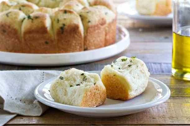 Garlic Parmesan Pull-Apart Bread--Part of The Best Pull Apart Bread Recipes