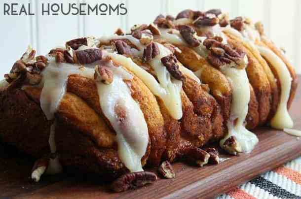 Apple Cinnamon Pull Apart Bread--Part of The Best Pull Apart Bread Recipes