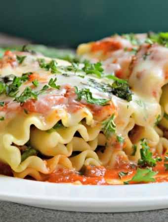 Three Cheese Lasagna Rollups