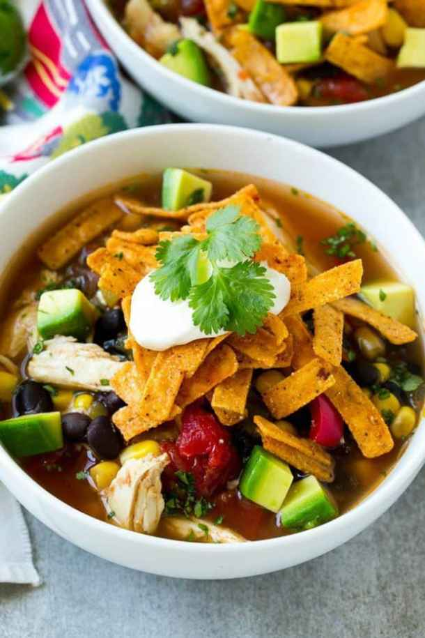 SLOW COOKER CHICKEN TORTILLA SOUP--part of 20+ Easy Weeknight Mexican Chicken Dinner Recipes