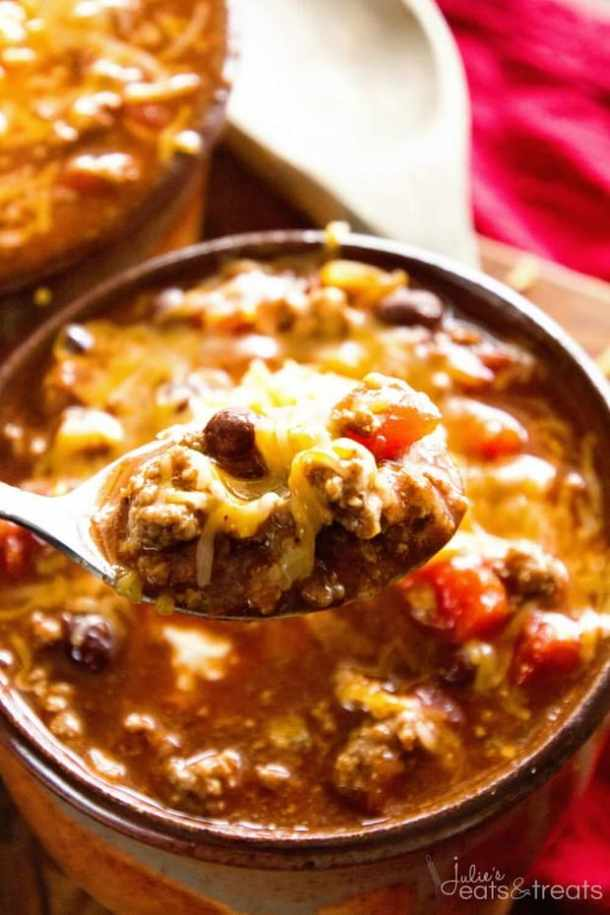 Crockpot Famous Chili -- Part of our Old Fashioned Chili Recipes just like your grandma made!