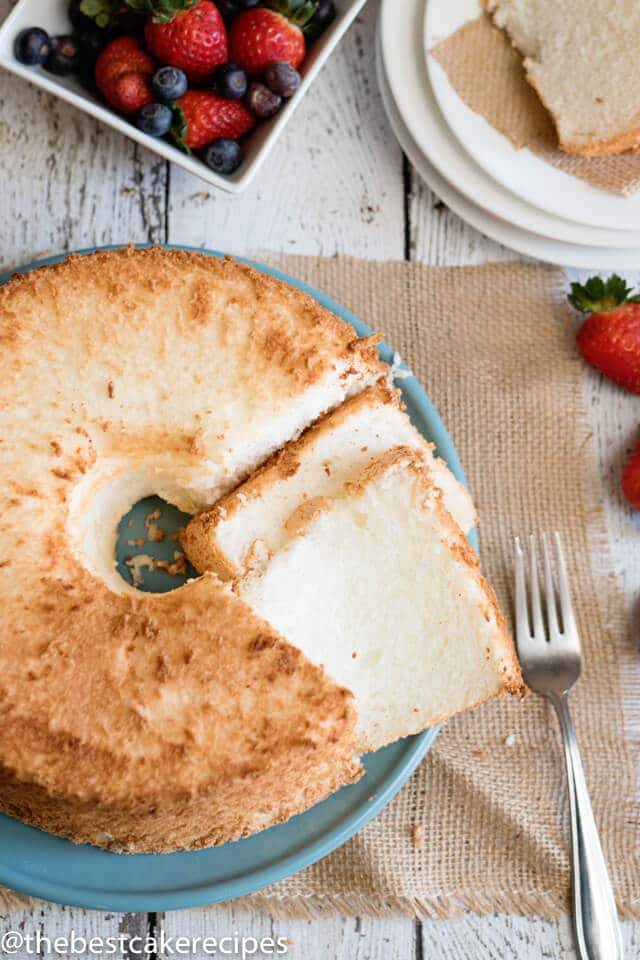sliced plain angel food cake