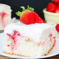 strawberry topping cake