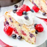 {Red White and Blue Patriotic Cake}