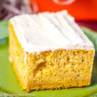 fall flavored cake with pumpkin