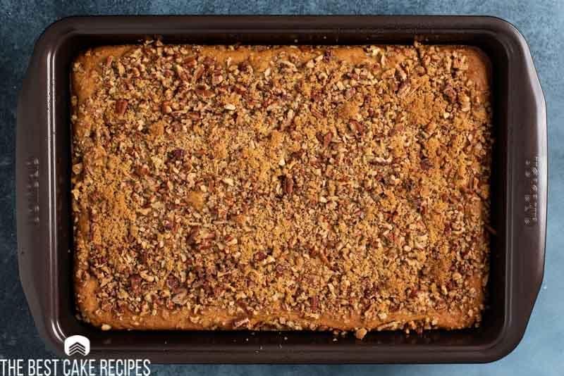 baked pumpkin pecan cake