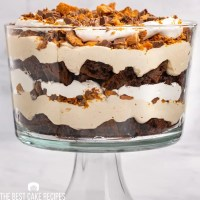 layered cake, peanut butter trifle