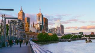MelbourneBridge_2400x1350_0