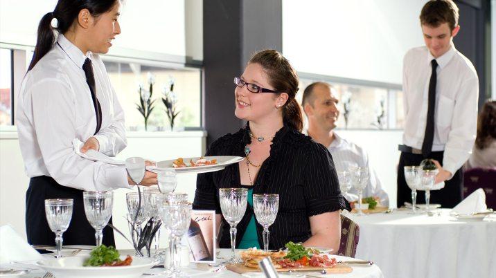 south-bank-facilities-hospitality-hubs-restaurants-01