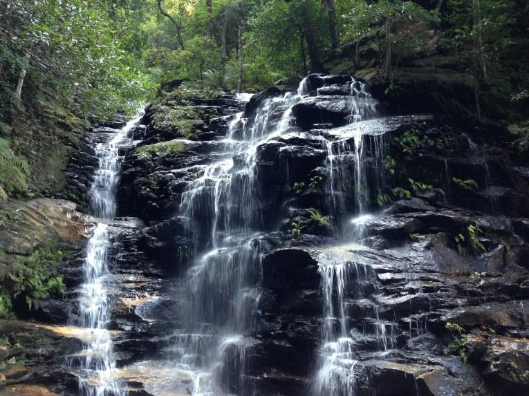 waterfall-328981_1920