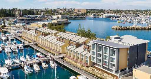 be-fremantle-exterior-buildnglooking-to-esplanade-1200x630