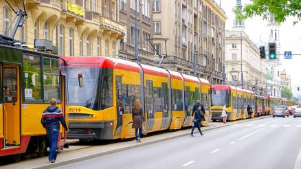 tram-2443383_1280-1200x675