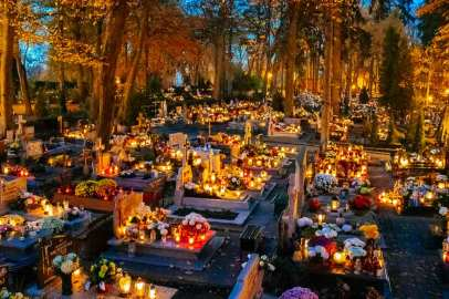 01-slupsk-cemetery-wide-shot-all-saints-day