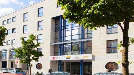 Universities-of-Applied-Science-Europe-UE-international-student-design-Berlin-campus-business-media-master