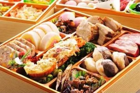 潮来三段重特製おせち料理(結び)