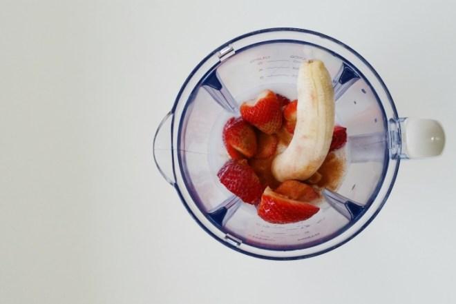 Coconut milk Banana Strawberry Smoothie Recipe