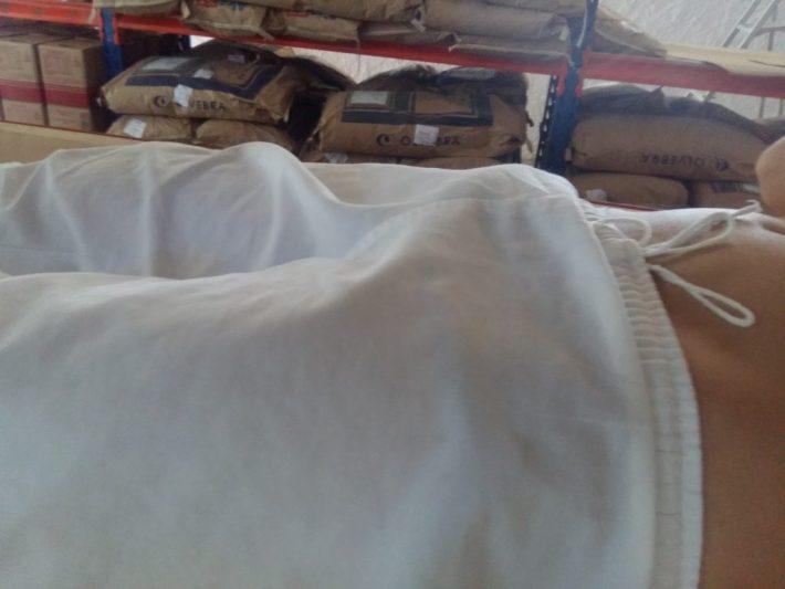 Dormindo pelado de pau duro