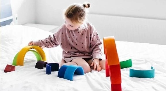 Best Montessori Toys for 7 Month Old & 9 Month Old