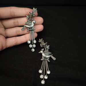 Bird studded long earring