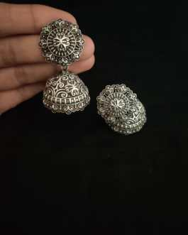 Traditional round jhumka