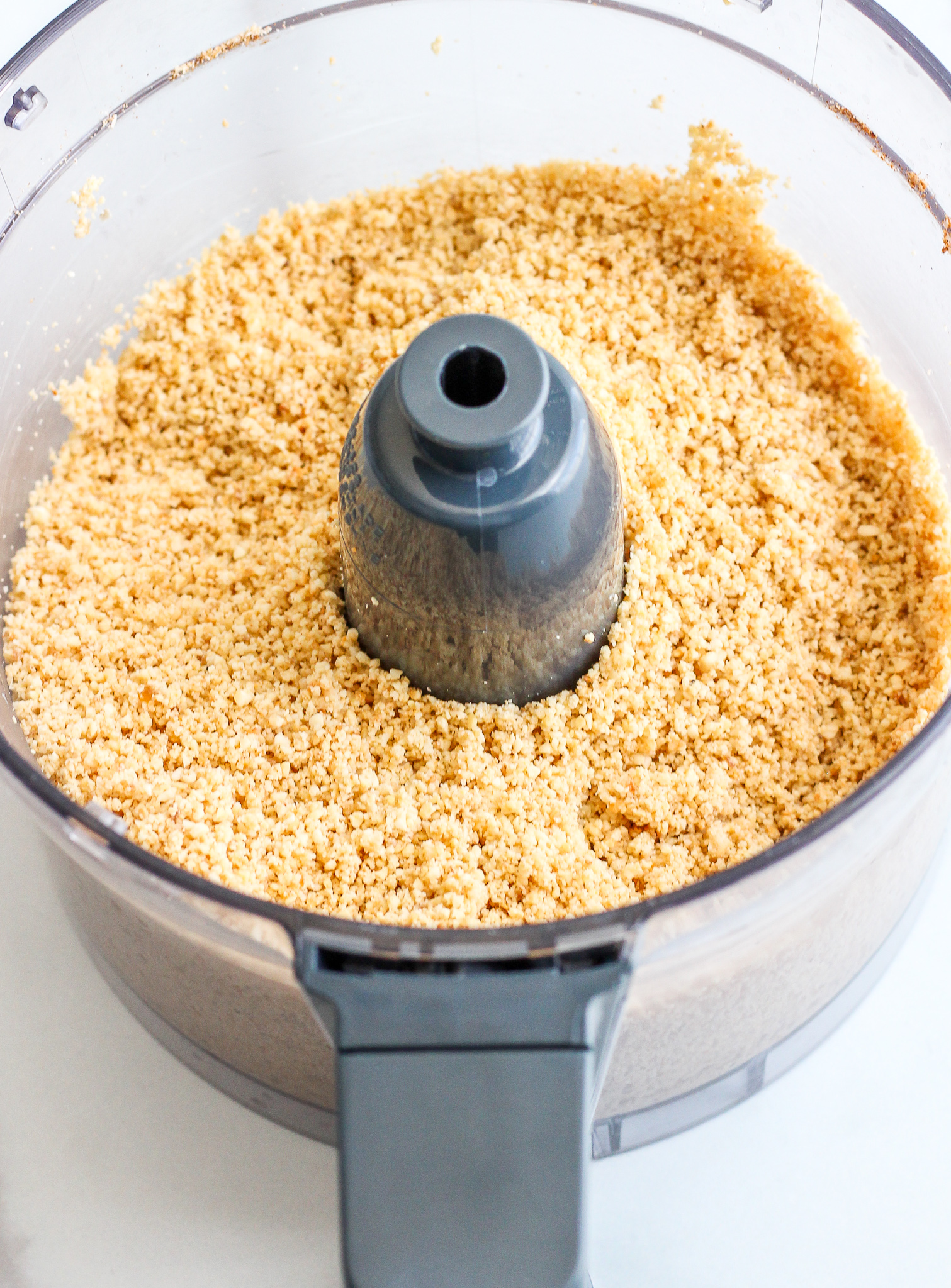 stage one of pumpkin spice cashew butter in the food processor