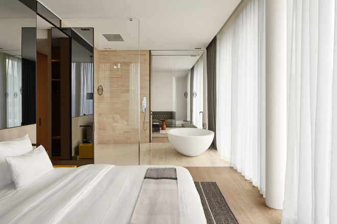 Roomers_Baden-Baden_Prestige-Suite_05.jpg