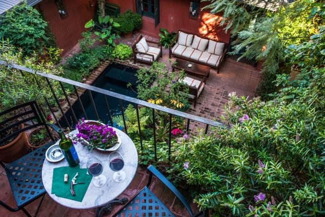 thebetterplaces_jardin_escondido_terrace.jpg