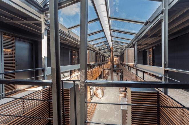 off_seine-Paris_hotel_interior_thebetterplaces39.04