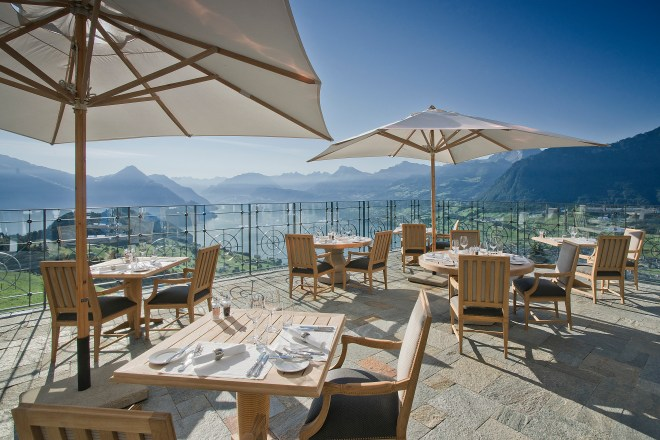 hotel-villa-honegg-terrace-thebetterplaces-view-restaurant.jpg