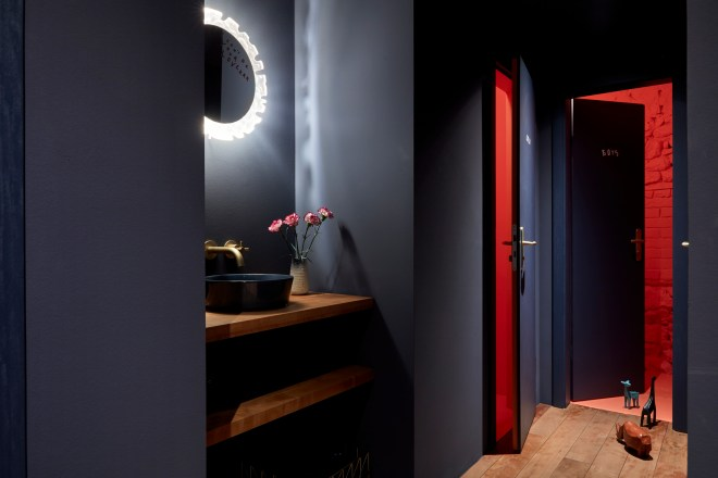 bonechina_thebetterplaces_bathrooms_frankfurt_bar_new.jpg