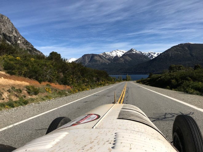 Thebetterplaces_bariloche_milemillas_oldtimer_carrace.JPG