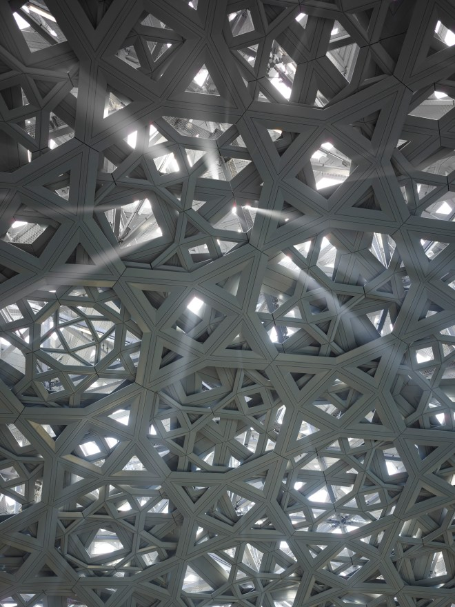 7. Louvre Abu Dhabi_thebetterplaces_roof_museum_emiratesjpg.jpg