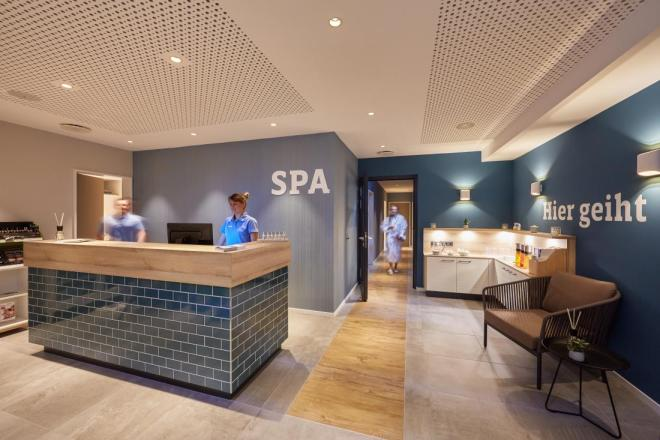 Küstenperle_Hotel_Spa_Büsum_Nordsee_THE-BETTER-PLACES-TRAVELBLOG-TRAVEL-REISE-MAGAZIN-JESSIE-SCHOELLER-HELENA-SCHOELLER-GLORIA-VON-BRONEWSKI