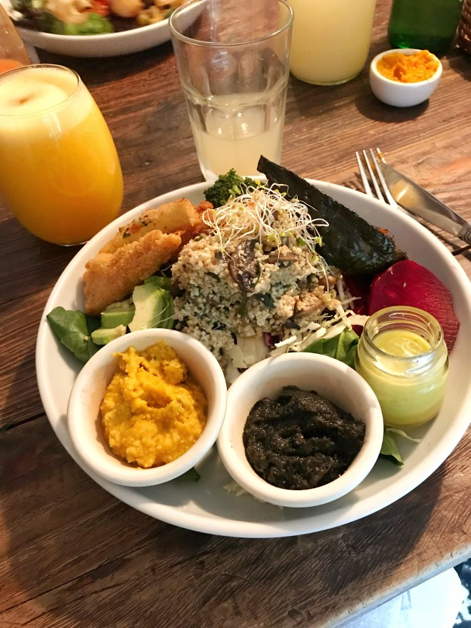 Thebetterplaces_restaurant_vegan_buenosaires_food.jpg